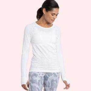 NWOT White Athletic Seamless Long Sleeve Top⼁Large